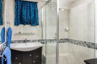 el gran chaparral guesthouse room blue lagoon bathroom