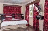 el gran chaparral guesthouse room camalot bed