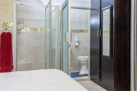 el gran chaparral guesthouse room navaronne bathroom